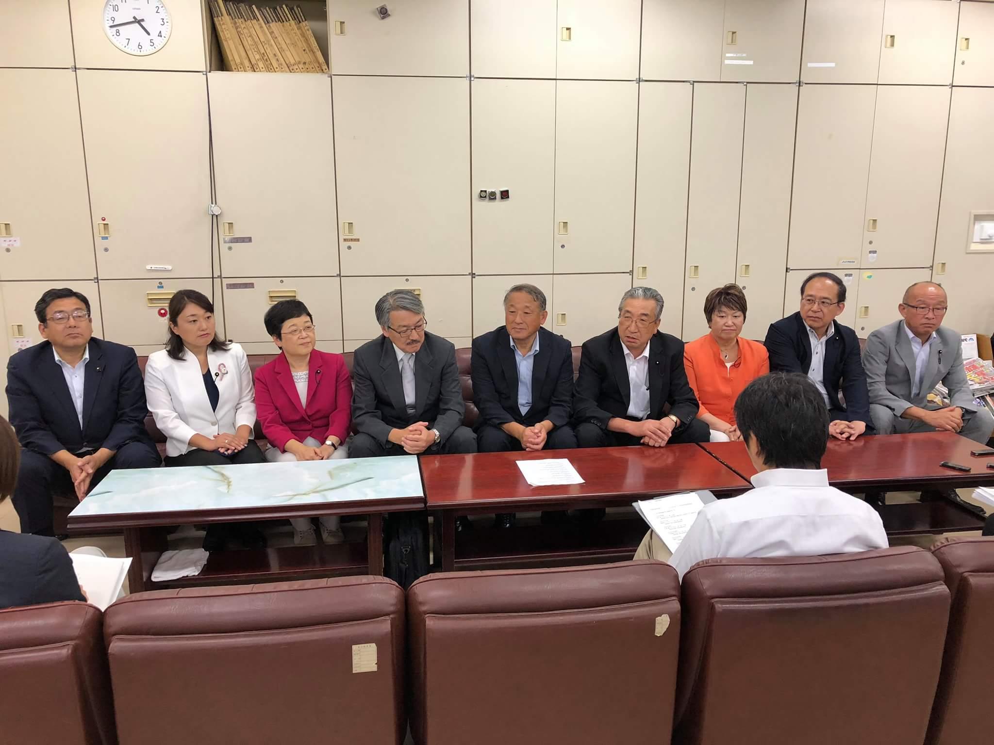 来年の県議選挙立候補の記者会見